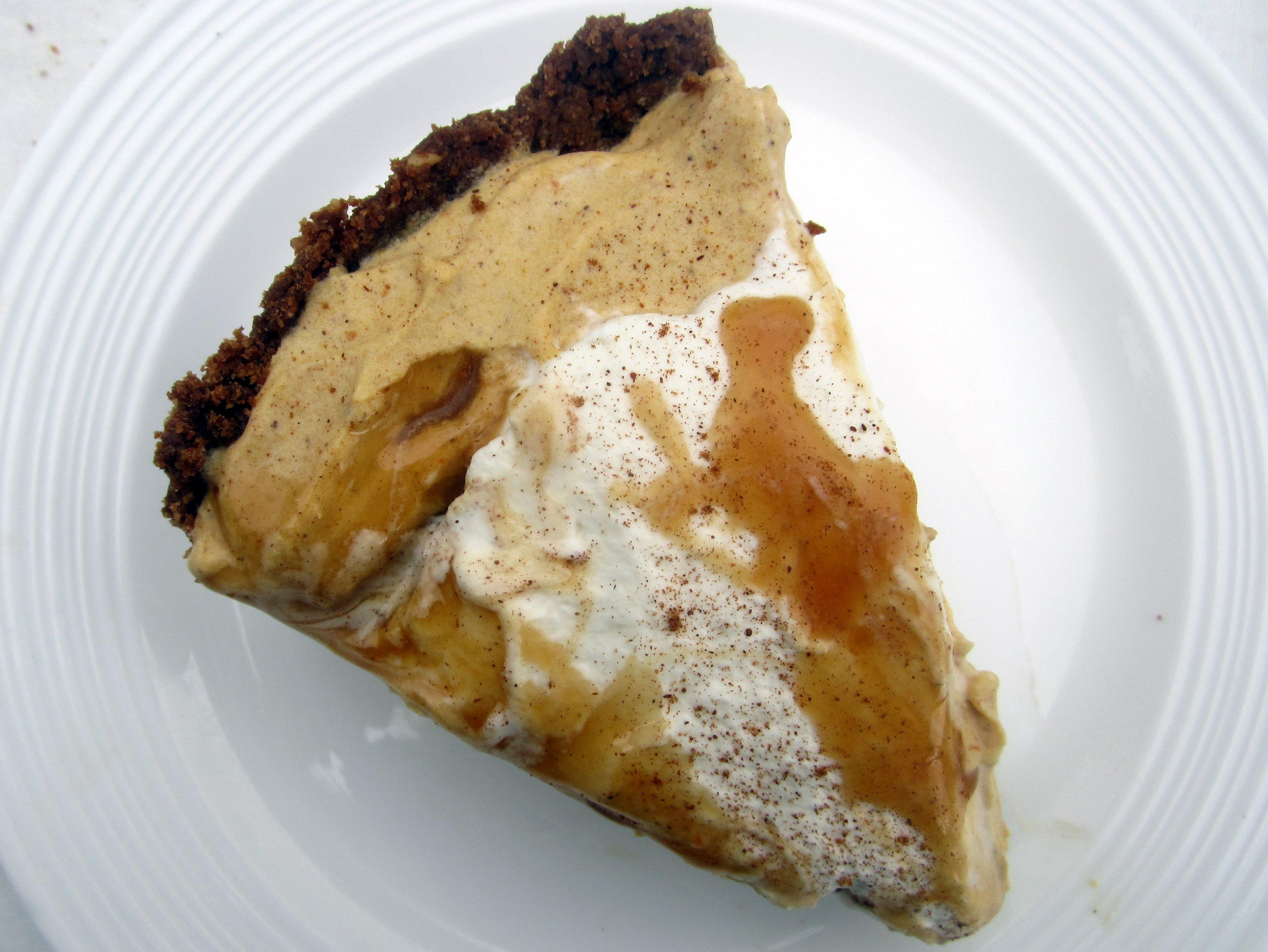 Dulce de Leche Pumpkin Mousse Pie with Pecan Gingersnap Crust ...