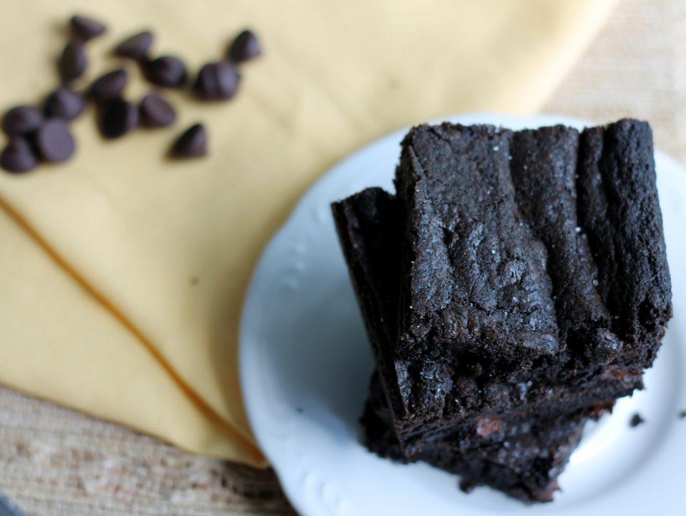 sea salt and double dark chocolate brownie cookie bars