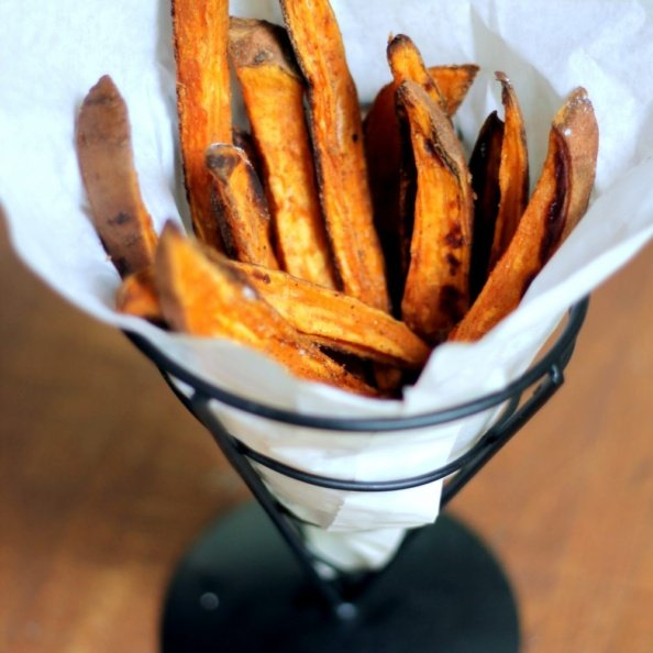 The best crispy baked sweet potato fries with homemade honey mustard dipping sauce.