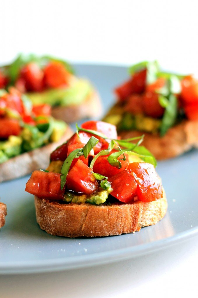 smashed avocado tomato basil bruschetta ambitious kitchen. Black Bedroom Furniture Sets. Home Design Ideas