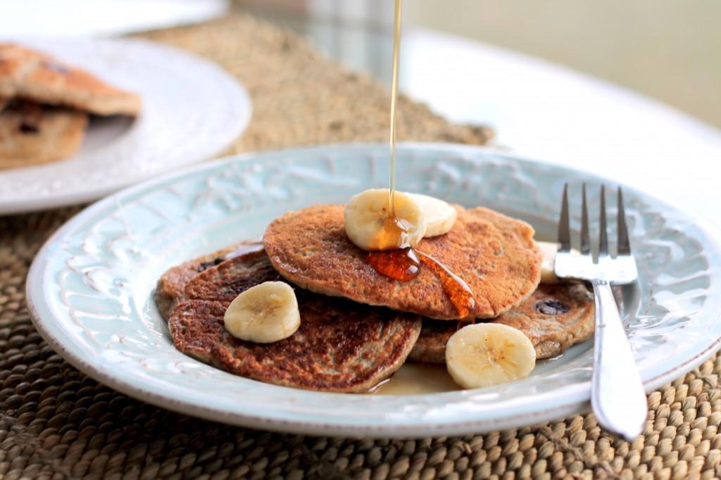 Oatmeal Chocolate Chip Banana Pancakes. Vegan, Gluten-Free & no added ...