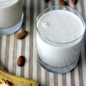 smoothie with banana and almonds