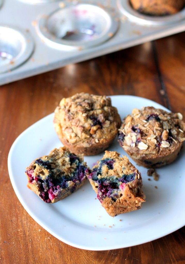 blueberry applesauce muffins with oat streusel