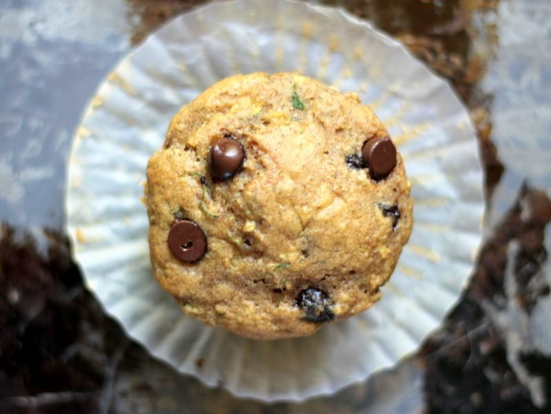 : banana muffin with chocolate chips