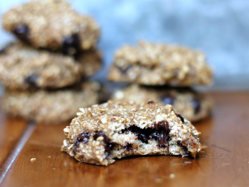 banana bread breakfast cookie with oats