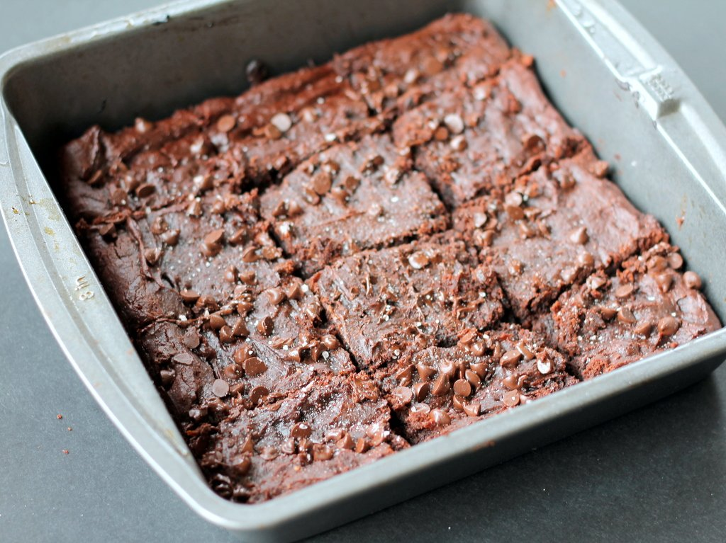 Fudgy Peanut Butter Chocolate Chip Brownies {flourless, gluten free ...