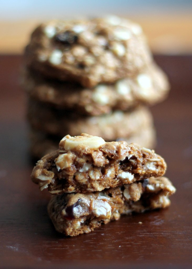 White chocolate cherry macadamia nut oatmeal cookies