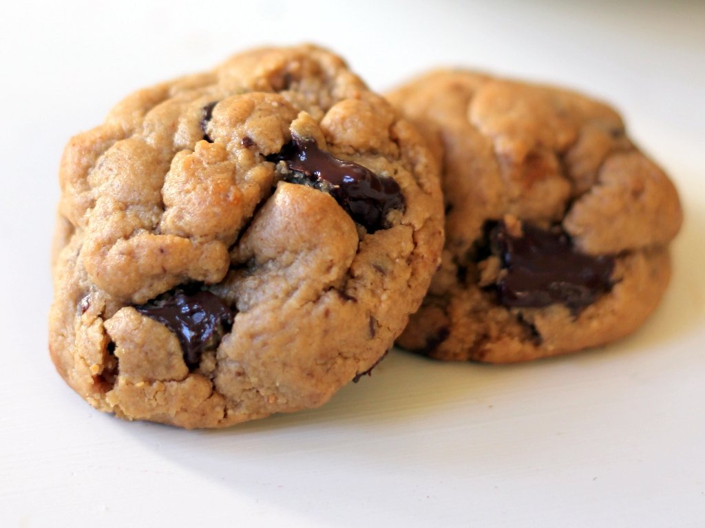 Flourless peanut butter chocolate chunk cookies