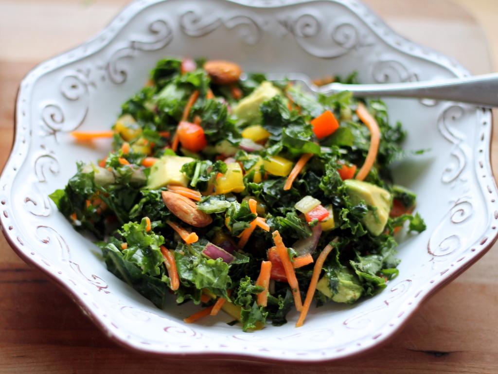 Kale Rainbow Detox Salad with Lemon Vinaigrette {vegan, gluten free}
