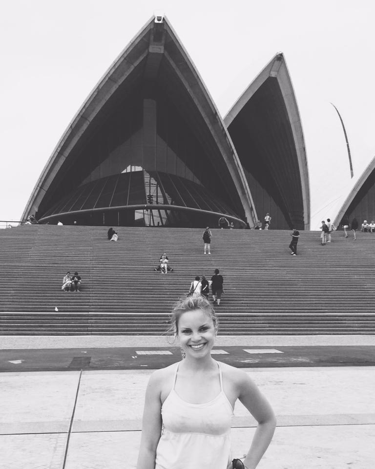 Monique in front of the Sydney Opera House