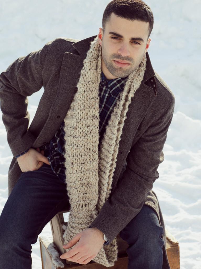 Man wearing a long scarf