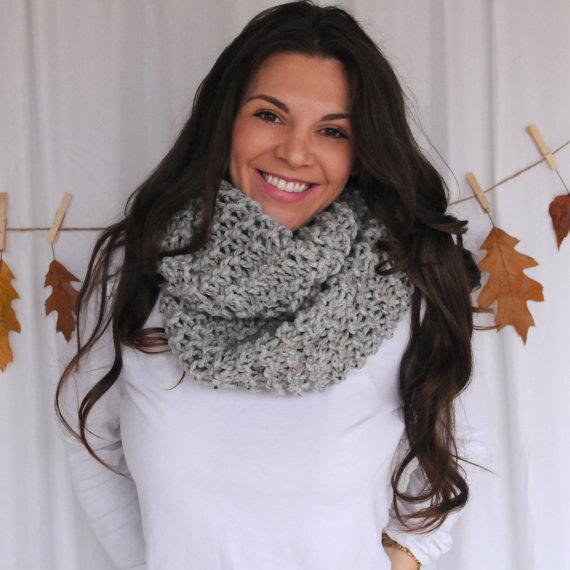 Girl wearing a grey scarf