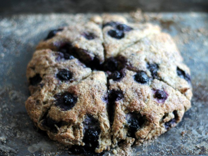 healthy scones with blueberries