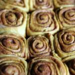 cinnamon rolls side by side