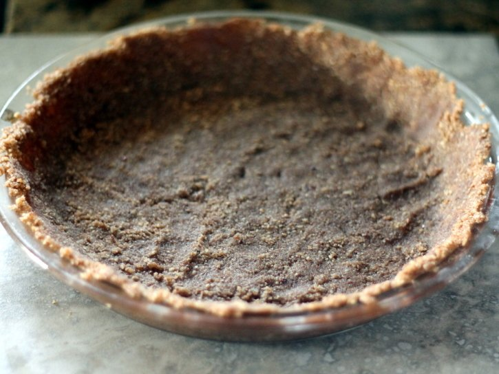 Sweet potato pie crust pressed into a pie pan