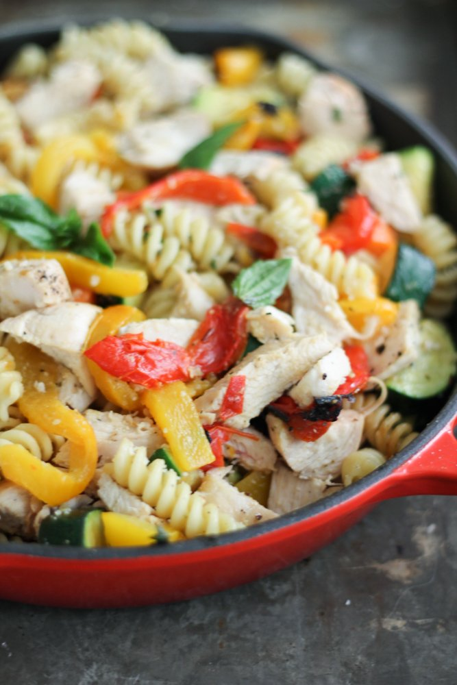 one pan meals: chicken, pasta and veggies in a red skillet