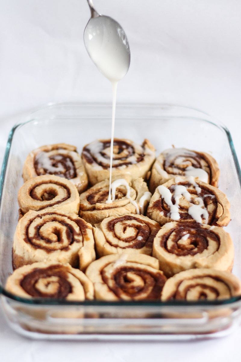 Extra Easy Cinnamon Rolls With Vanilla Bean Glaze Recipe — Dishmaps