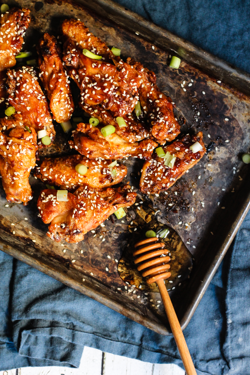 crispy baked chicken wings on tray