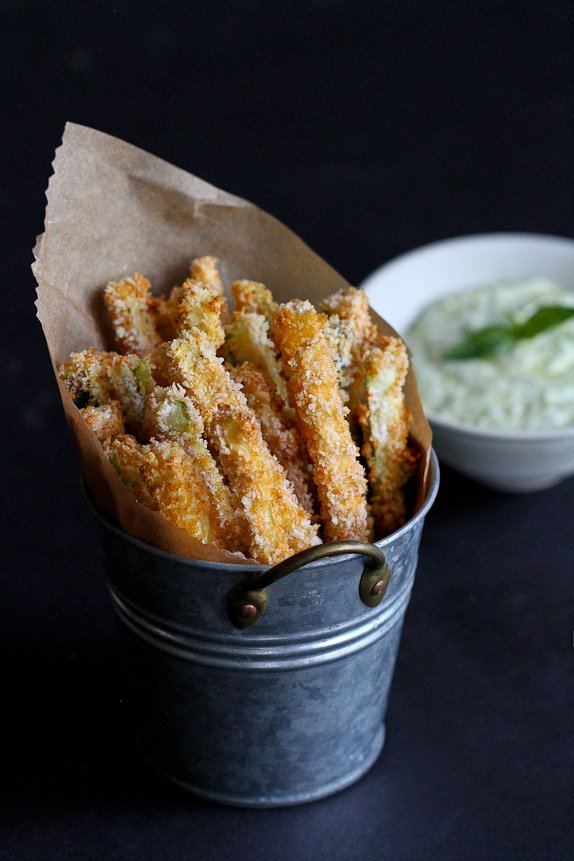 Baked Zucchini Fries with Pesto Yogurt Dipping Sauce - Cookin Canuck