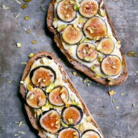 breakfast toast with ricotta and figs