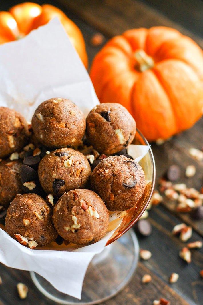 No Bake Pumpkin Spiced Chocolate Pecan Pie Bites - Cotter Crunch