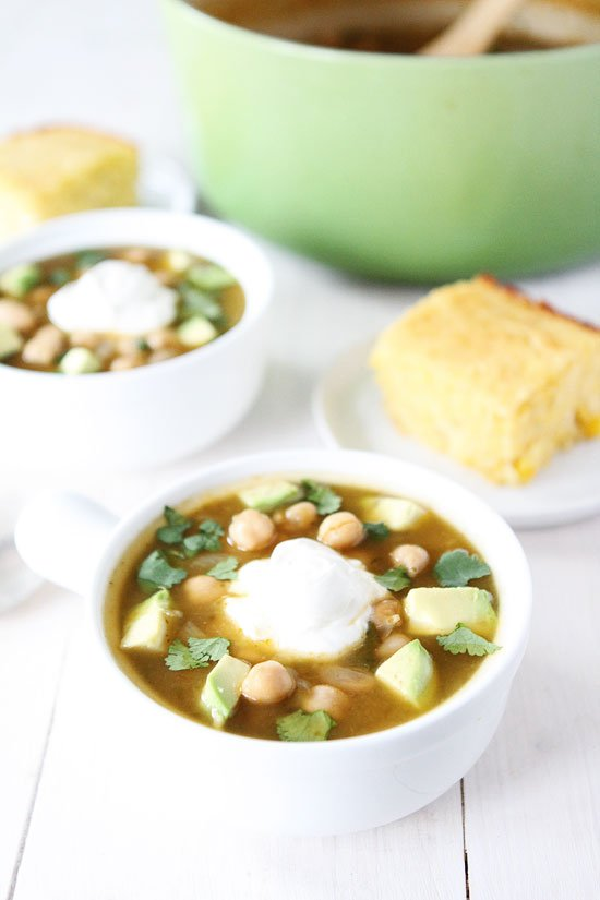 bowls of white chickpea chili
