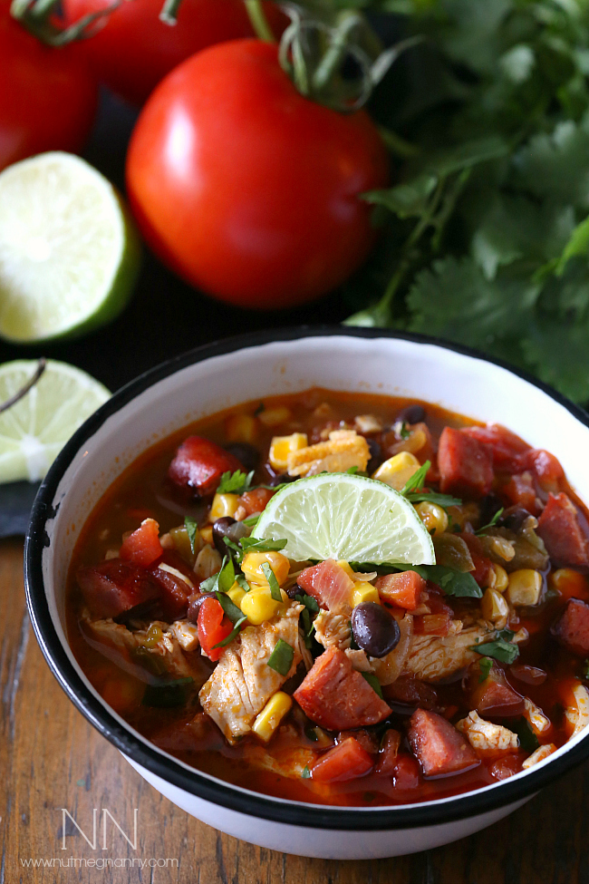 bowl of spicy chicken alime soup with vegetables