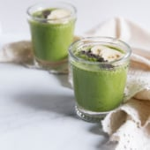 A creamy green goddess smoothie packed with fresh banana, apple, spinach, chia seeds and avocado! Over 9g fiber per serving. Vegan & gluten free.