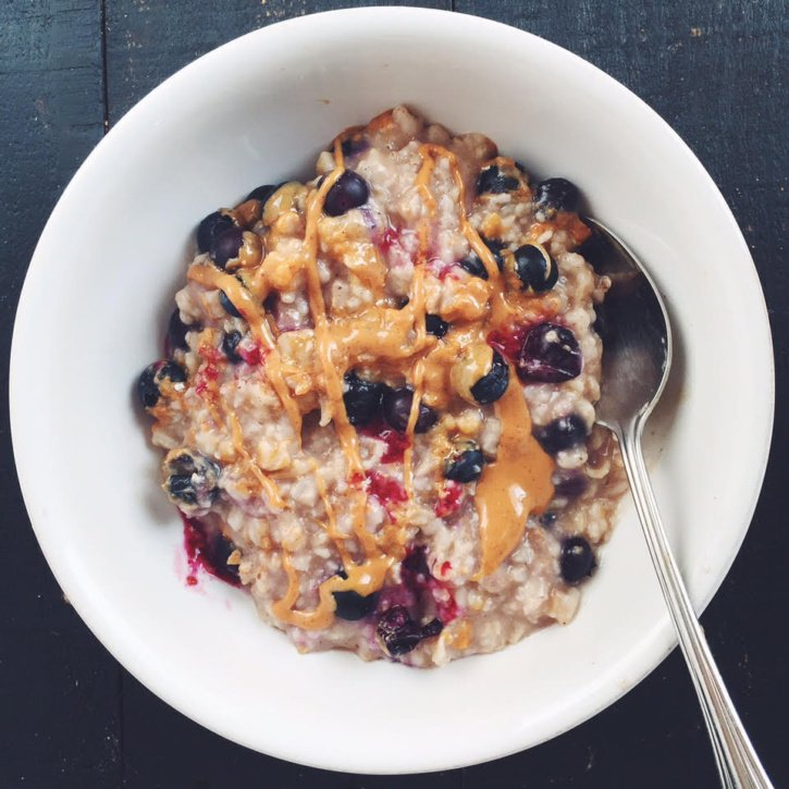 healthy blueberry peanut butter oatmeal