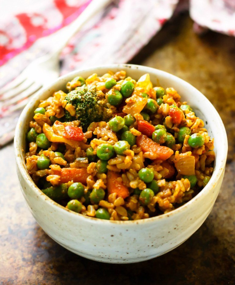 Quick Curried Veggie Brown Rice Bowls from Eat Healthy Eat Happy
