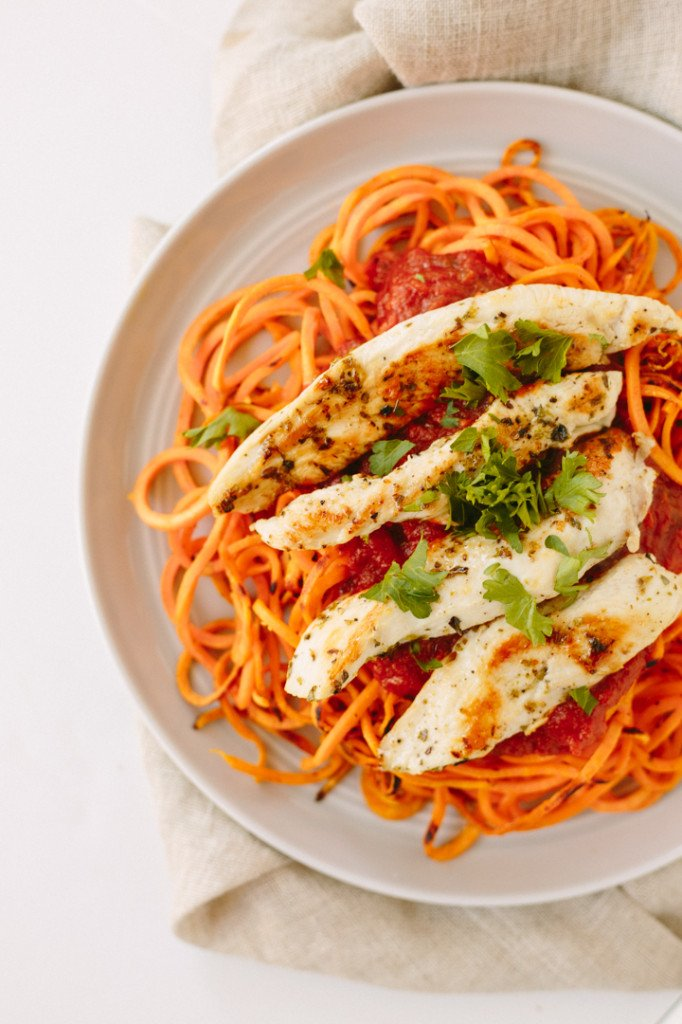 Sweet Potato Noodles with Chicken and Tomato Basil Sauce from Inspiralized