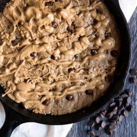 peanut butter chocolate chip skillet