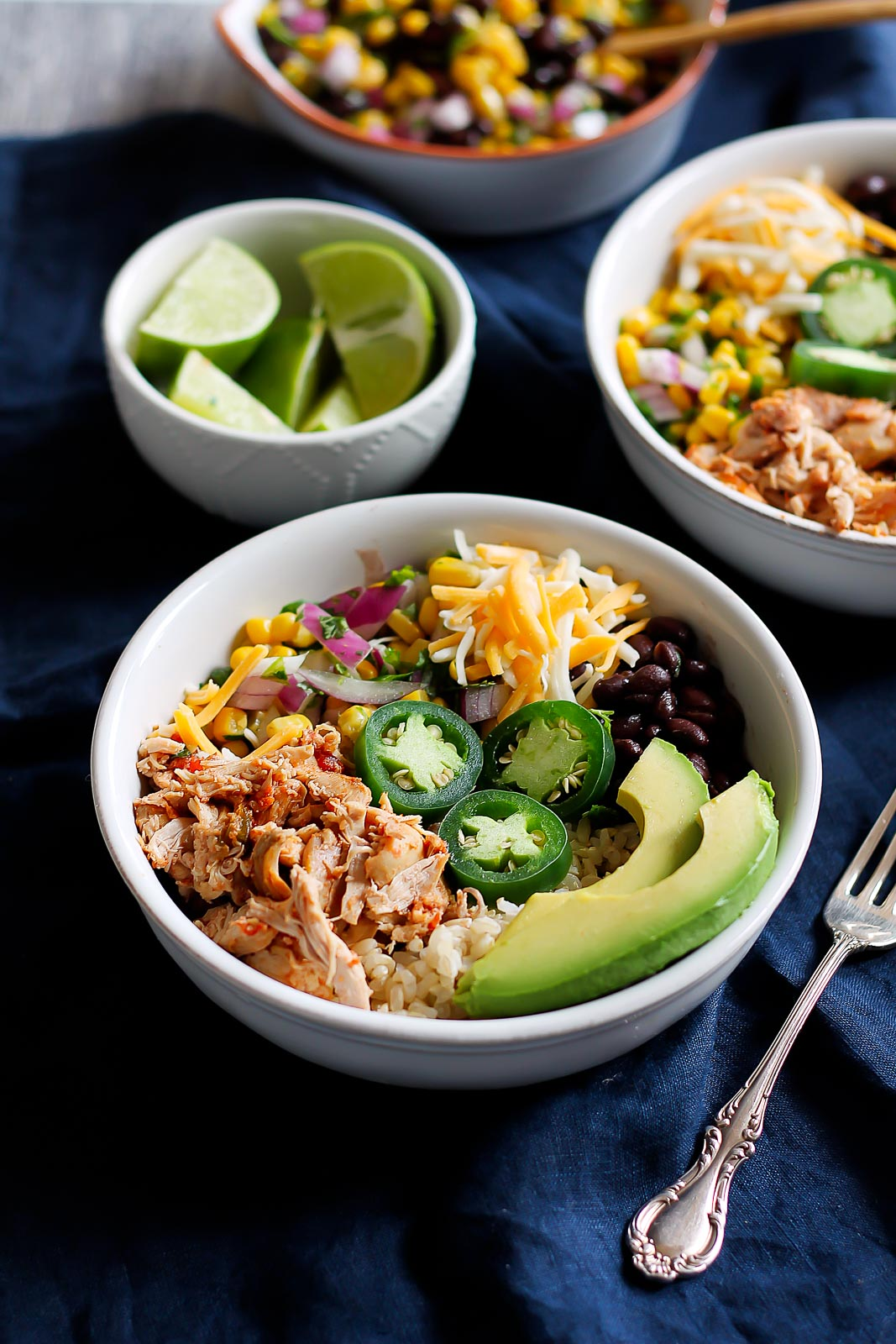 Cheap healthy meal prep idea better than chipotle diy chicken better than chipotle diy chicken burrito bowls that are awesome for clean eating and healthy meal forumfinder Choice Image