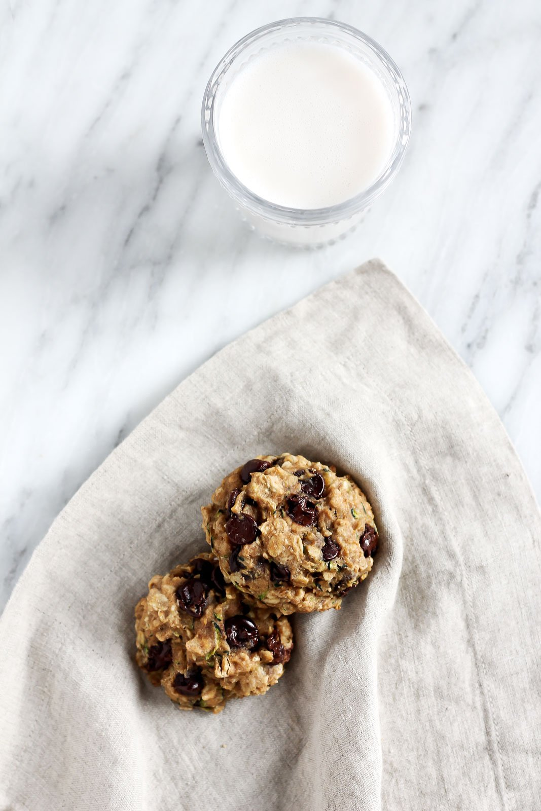 chocolate chip Zucchini Oatmeal Cookies on a linen