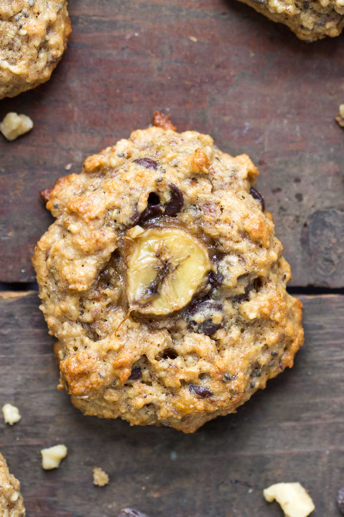 chunky-monkey-quinoa-breakfast-cookies-4