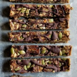Toasted Quinoa, Dried Fig & Dark Chocolate Nut Free Granola Bars