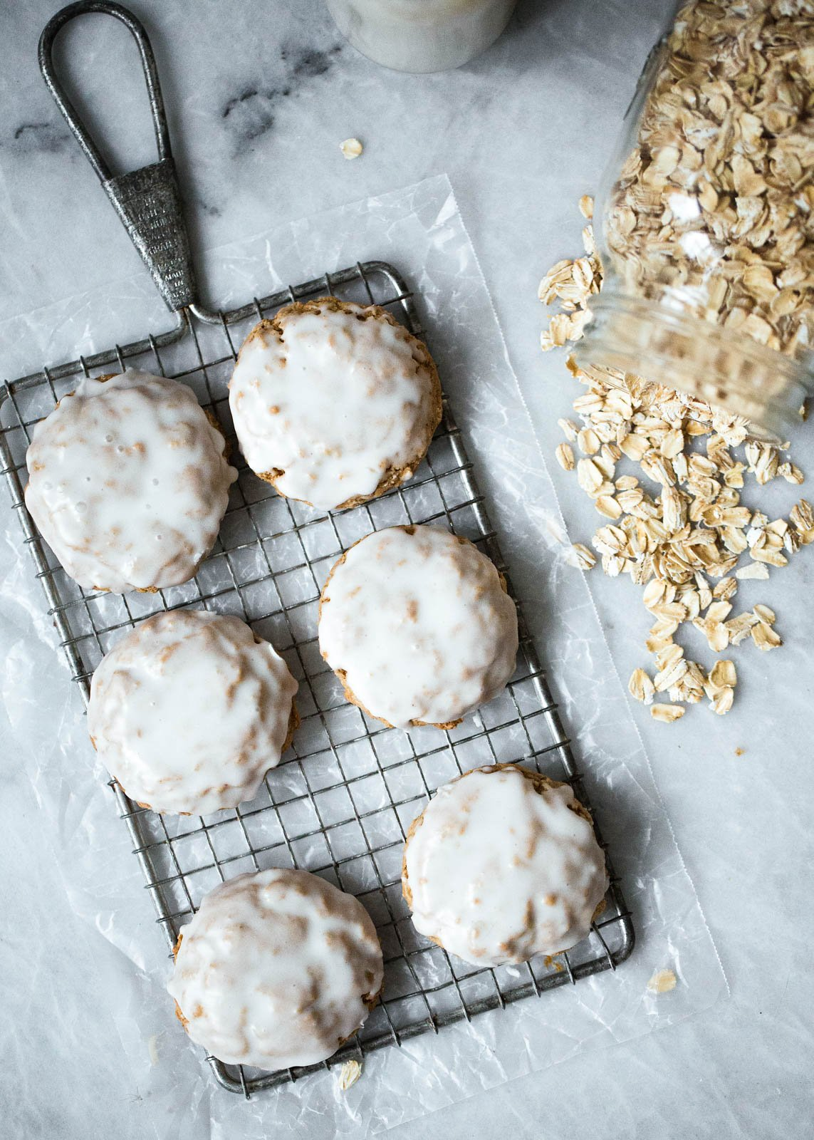 Beautiful chewy brown butter oatmeal cookies that are slightly crispy on the edges and chewy in the middle! These wonderful cookies have a delicious caramel like flavor are finished off with a scrumptious icing.