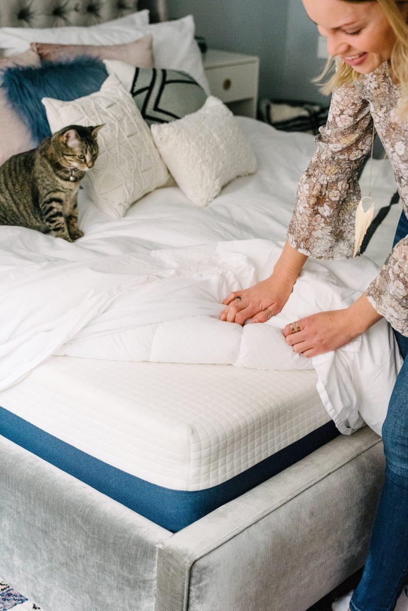 monique revealing her mattress