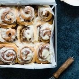 the best cinnamon rolls in a baking pan
