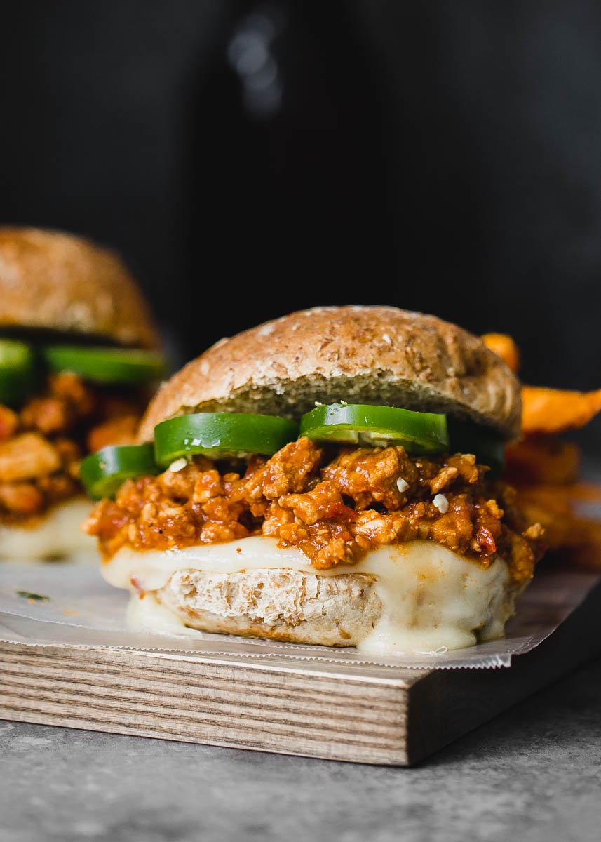 Healthy turkey sloppy joes topped with jalapeño slices