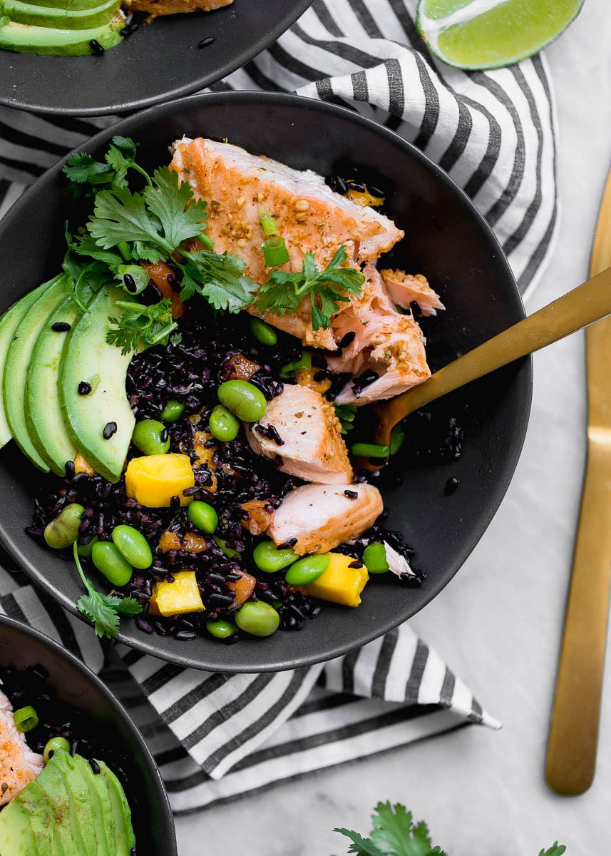 Salmon Bowls with mango & edamame mixed with sweet forbidden rice