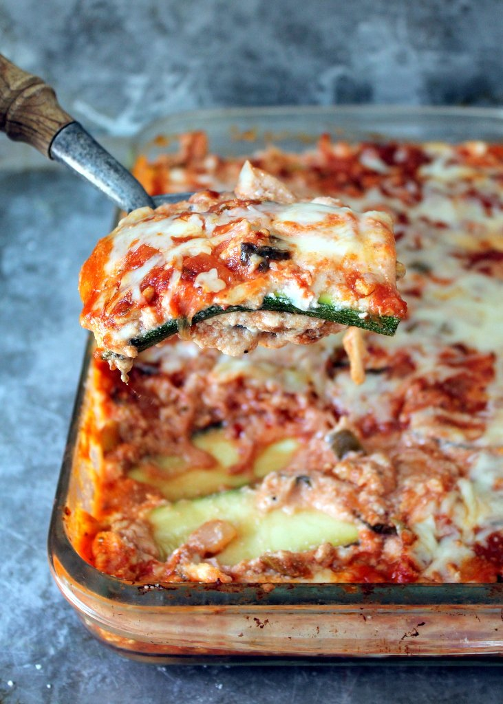 A noodle-less, low carb zucchini lasagna with an incredible turkey meat sauce!