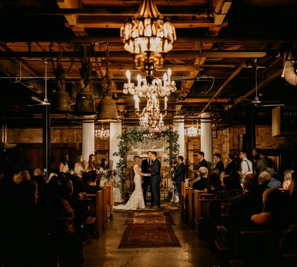 I'm hoping to share our wedding recaps back to back every Friday for the next few weeks, therefore weekend favorites will be on hold for a short time. Thanks for your patience!