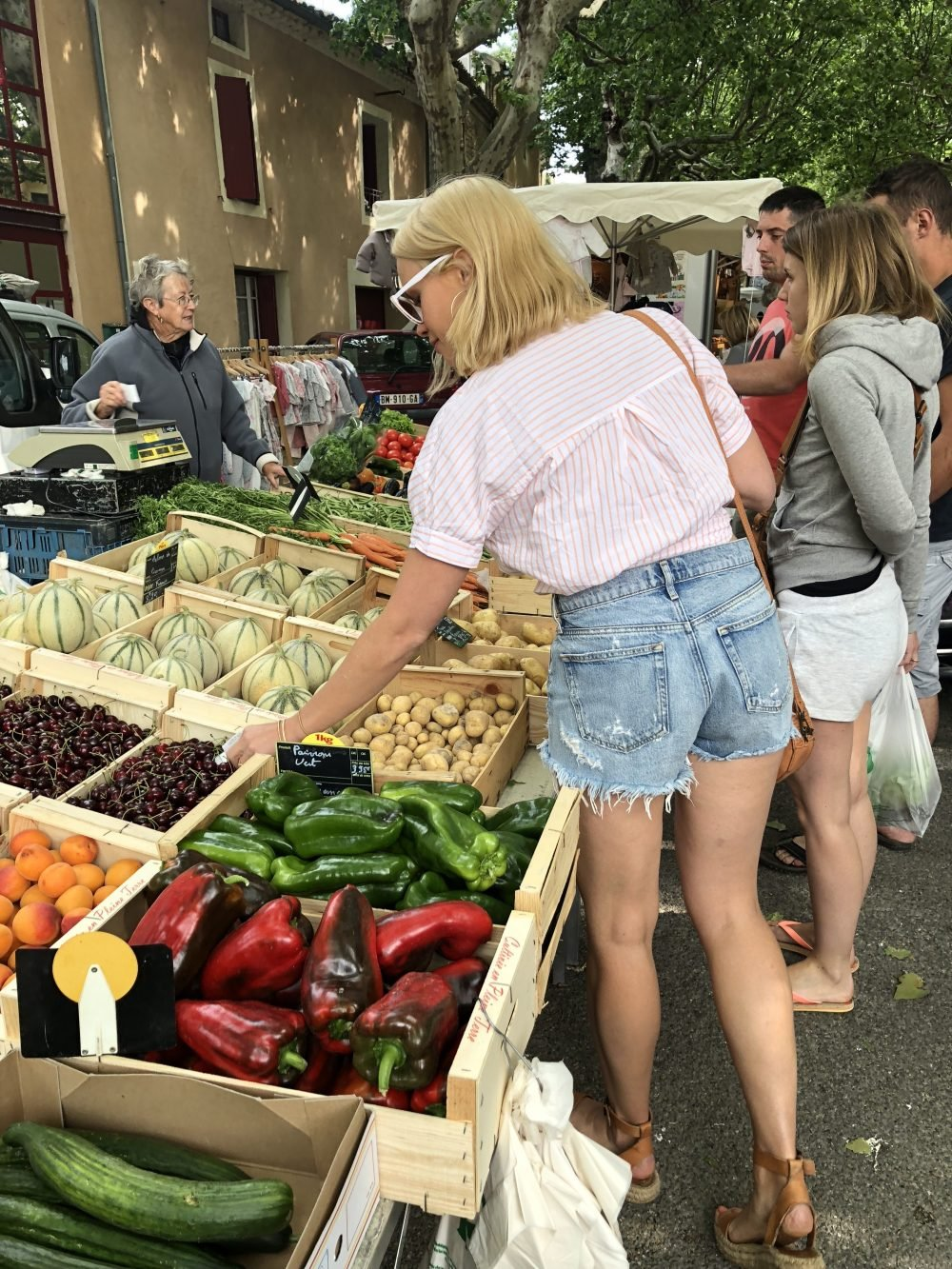 monique at the farmer's market