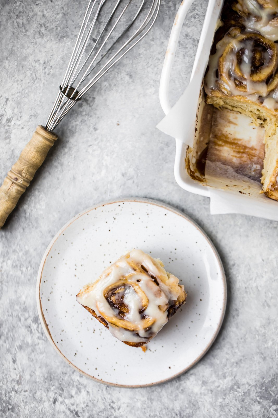 Meet the world's best vegan cinnamon rolls: vegan banana bread cinnamon rolls! A cross between a cinnamon roll and banana bread, these fluffy, soft cinnamon rolls are homemade and make a delicious brunch or treat!