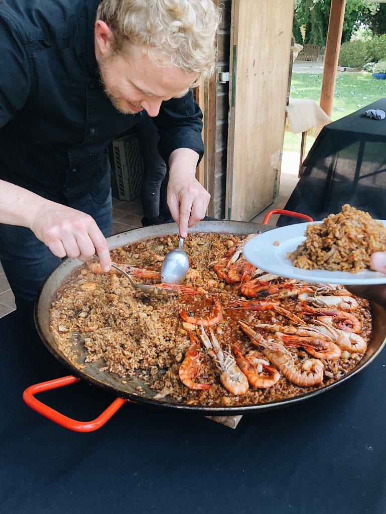 man making paella