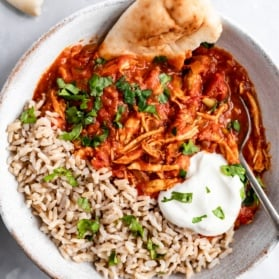 slow cooker chicken tikka masala in a bowl