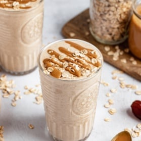 peanut butter oatmeal cookie shake in a glass