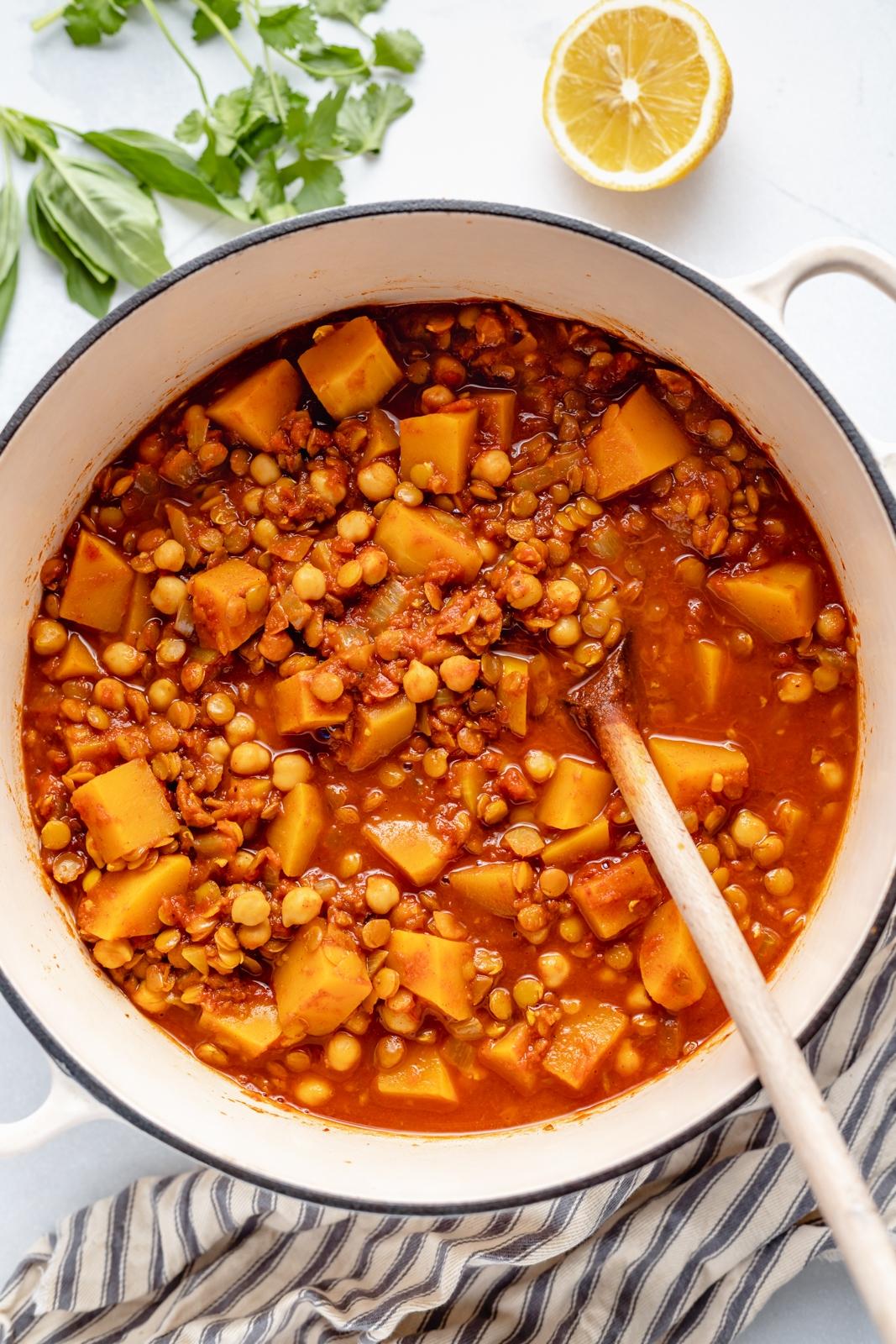butternut squash lentil moroccan stew in a pot