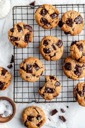 paleo chocolate chunk cookies on a wire rack